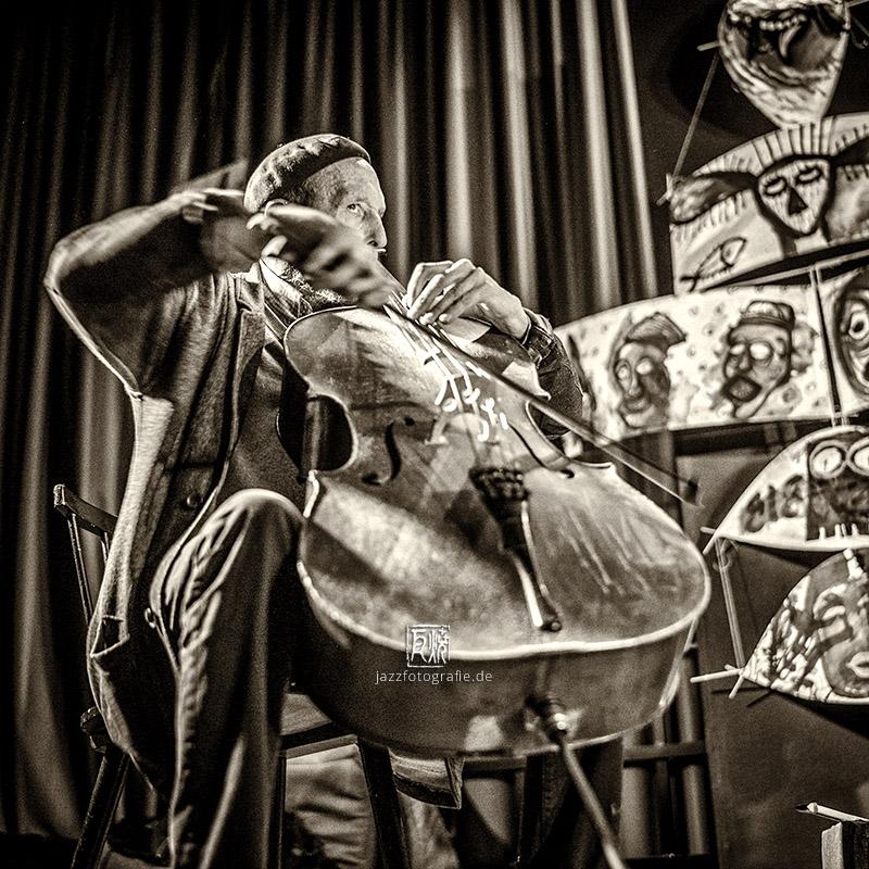 Tristan Honsinger - by Frank Schindelbeck Photography