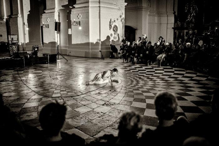 Almut Kühne in der Kollegienkirche in Salzburg bei Jazz & The City 2019 - Photo Frank Schindelbeck